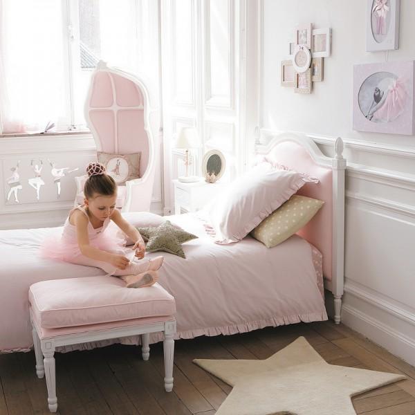 habitacic3b3n-infantil-muebles-blancos-combinados-con-rosa-maisons-du-monde